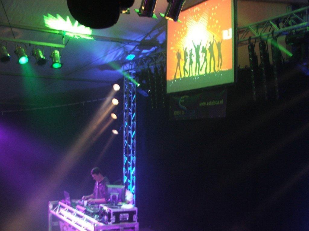 licht en geluid binnen event